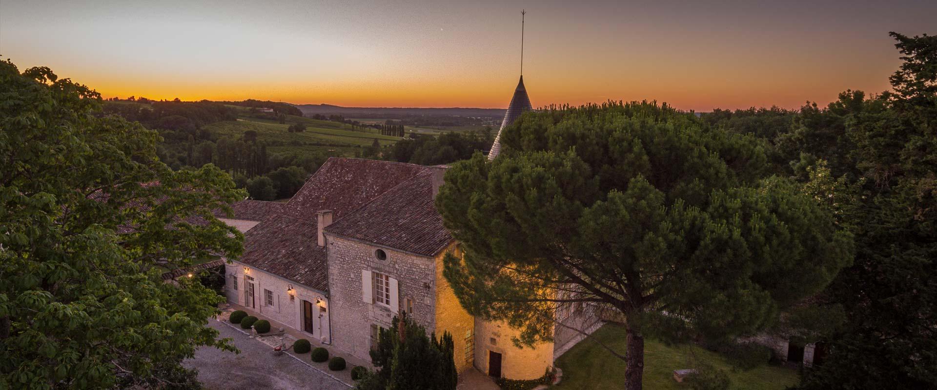 head-home-chateau-de-fayolle-2